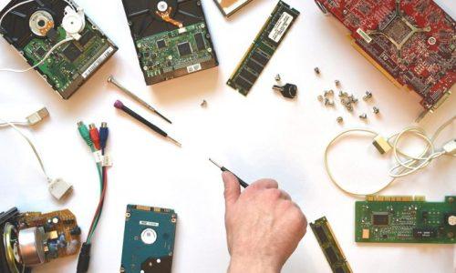 Zukunfstwerkstatt Pforzheim PC und Smartphone Robotics Spezialist Reparatur Computer Handy